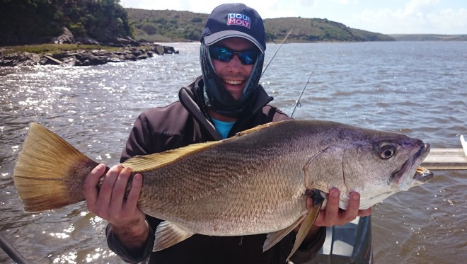 """This give new meaning to the word """"korthol"""". This fish was 81cm long but looks so short because of his girth."""